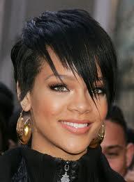 Rihanna Corte Cabelo Curto 01