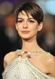 cortes-cabelos-curtos-Anne-Hathaway-2