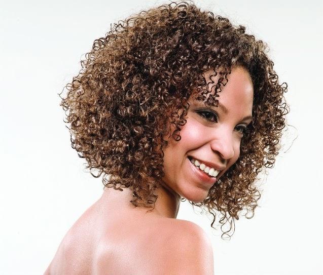 cabelos-crespos-corte-curto-0