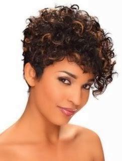cabelos-crespos-corte-curto